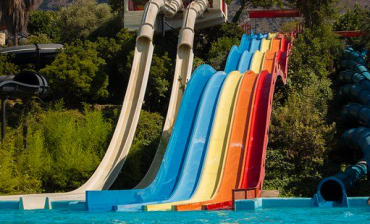 What are the Advantages of Fiberglass Water Park Equipment?